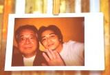 関西弁の師匠との2ショット=富士フイルム『チェキ』新製品発表会でプライベートショットを公開した東出昌大 (C)ORICON NewS inc.