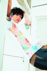 素顔をたっぷり披露した山崎賢人(C)『Scene♯20』/KADOKAWA