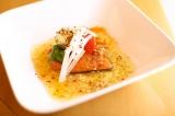 『新潟村上カフェ』スペシャルメニュー「塩引き鮭のカリカリ焼き アーリオ・オリオ・ペペロンチーノソース」