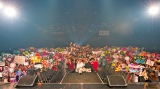 """人気の""""読モ""""によるイベント「LOOP vol.6」の様子。約5000人のファンが詰めかけた(8月11〜12日開催)"""