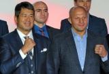 年末の格闘技イベントの復活会見に出席した(左から)高田延彦、エメリヤーエンコ・ヒョードル選手 (C)ORICON NewS inc.