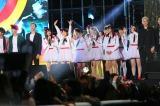韓国の人気グループと競演