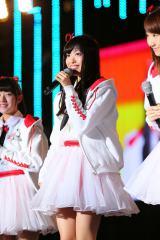 韓国で開催された『アジアソングフェスティバル 2015』であいさつするNGT48の北原里英(C)AKS