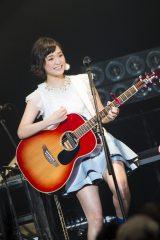 ヒット曲「瞳」を含む7曲を熱唱した大原櫻子(撮影:田中聖太郎)
