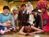 三谷幸喜のチャレンジ作品に毎回起用される香取慎吾の最新主演作『ギャラクシー街道』(C)2015フジテレビ 東宝