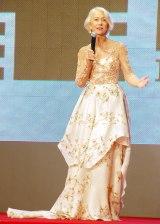 『第28回東京国際映画祭』のレッドカーペットに登場したヘレン・ミレン (C)ORICON NewS inc.
