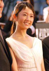 『第28回東京国際映画祭』のレッドカーペットに登場した木村文乃 (C)ORICON NewS inc.