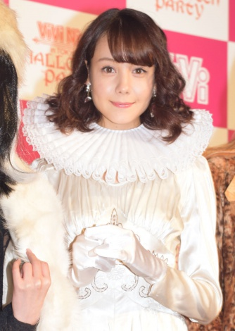 『ViVi Night in TOKYO 2015〜HALLOWEEN PARTY〜』前の囲み取材に出席したトリンドル玲奈 (C)ORICON NewS inc.