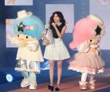 Girls Awardのステージに登場した森星とキキ&ララ(写真:片山よしお) (C)oricon ME inc.
