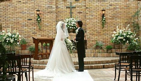 f89ca721f58ee 挙式演出「ベールダウン」が人気 イマドキの結婚式とは |最新ニュース ...