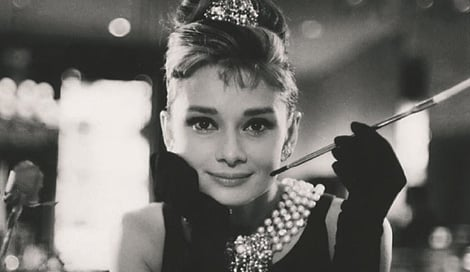 スワロフスキーの創立120周年記念ブランドブックより Audrey Hepburn in Breakfast at Tiffany's, 1961. (C)Paramount The Kobal Collection Howell J Conant