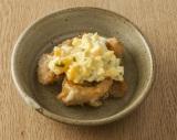 定番のおかず「からあげ」をアレンジした「チキン南蛮」/写真は手作り弁当のコツを伝授するレシピ本『お弁当のセカイ』(ワニブックス)より