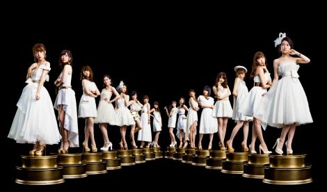 読売テレビ・日本テレビ系『ベストヒット歌謡祭2015』に出演するAKB48