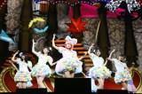 『日テレ HALLOWEEN LIVE 2015』昼公演できゃりーぱみゅぱみゅの仮装を披露した高橋みなみ(中央)