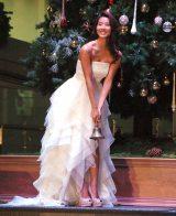 鐘を3回鳴らしてツリーが点灯=『OMOTESANDO HILLS CHRISTMAS 2015』点灯式ライブ (C)ORICON NewS inc.