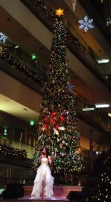 『OMOTESANDO HILLS CHRISTMAS 2015』点灯式ライブに出席したすみれ (C)ORICON NewS inc.
