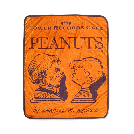 『スヌーピー × TOWER RECORDS CAFE ひざ掛け』(税抜価格:3000円) (C)2015 Peanuts Worldwide LLC www.snoopy.co.jp