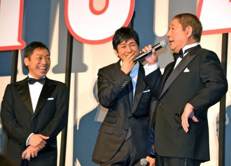たけしのぶっちゃけネタに登壇者、観客も爆笑(写真左から香川照之、西島秀俊、ビートたけし) (C)ORICON NewS inc.