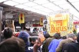 東京・タワーレコード渋谷店の『ザ・ビートルズ 1』発売カウントダウンイベントの模様