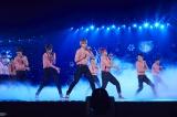 EXO(左から)スホ、セフン、カイ、ベクヒョン、ディオ、シウミン、チェン、チャンヨル