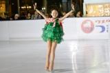 「ウメダ☆スケートリンク つるんつるん」のオープニングセレモニーでスケートを披露した本田望結