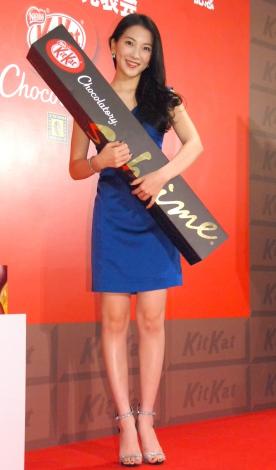 『キットカット ショコラトリー』新CM発表会および新宿高島屋店オープン記念イベントに出席した知英 (C)ORICON NewS inc.