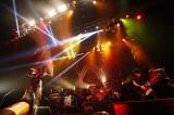 ライブツアー『VAMPS LIVE 2015 -2016 JOINT 666』初日公演を行ったVAMPS