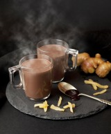 スイスのプレミアムチョコレートブランド「リンツ」からスパイシーなホットドリンクが登場