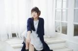 エンディング主題歌を担当する新田恵海