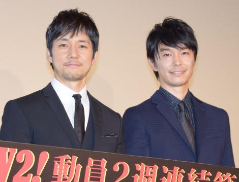 『劇場版 MOZU』の大ヒット御礼舞台あいさつに出席した(左から)西島秀俊、長谷川博己 (C)ORICON NewS inc.