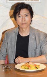 日本テレビ系連続ドラマ『エンジェル・ハート』原作コミックに登場するパスタを試食した上川隆也 (C)ORICON NewS inc.