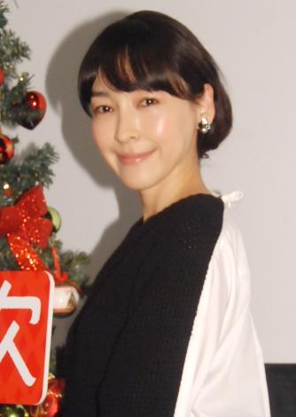画像・写真   麻生久美子、安田...