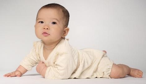 サムネイル 2015年生まれの子どもの名前、男の子は「大翔」女の子は「葵」が1位に