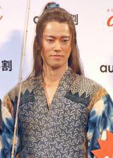 au「三太郎」CMでおなじみ!浦ちゃんこと桐谷健太「海の声」を披露
