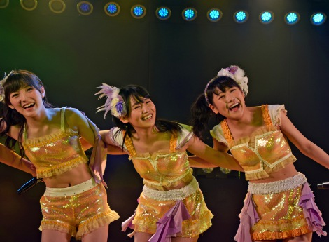 (左から)岡田奈々、小嶋真子、西野未姫=高橋朱里チーム4『夢を死なせるわけにいかない』公演初日 (C)ORICON NewS inc.