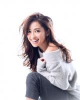 2016年1月スタート、SMAP・香取慎吾が主演するTBS系ドラマ『家族ノカタチ』への出演が明らかになった中村アン