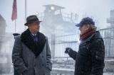 映画『ブリッジ・オブ・スパイ』主演のトム・ハンクス(左)、スティーブン・スピルバーグ監督