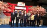12月9日にタイ・バンコクで開催された制作発表記者会見の模様。ジェームス・ジラユ、タイのテレビ局「チャンネル3」とテレビ朝日の各担当者が出席