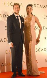 ファッションブランド『ESCADA』2016春夏ファッションショーに来場したアンミカ夫妻 (C)ORICON NewS inc.