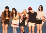 新曲「走れ、走れ」のMVを公開したベイビーレイズJAPAN(左から大矢梨華子、傳谷英里香、林愛夏、高見奈央、渡邊璃生)