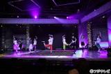 """12月16日放送、フジテレビ系『2015FNS歌謡祭 THE LIVE』の目玉企画""""アイドル・コラボレーション・メドレー""""のリハーサルに励むAKB48とももいろクローバーZ"""