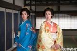 『大奥 第二部〜悲劇の姉妹〜』で姉妹を演じる(左から)蓮佛美沙子(妹)、沢尻エリカ(姉)