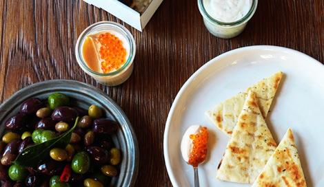 サムネイル 来春日本1号店を出店する豪州で人気のギリシャ料理レストラン「THE APOLLO(アポロ)」のメニュー