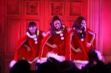 ベストアルバム『MAXIMUM PERFECT BEST』のリリースイベントに登場したMAX(左から)MINA、LINA、NANA