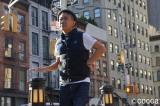 11月、ニューヨークで海外初めての個展を開催した木梨憲武(画像=『木梨の絵は世界へ!53歳新人画家のNY奮闘記』番組カット)