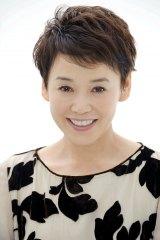 12月30日放送、TBS系『第57回 輝く!日本レコード大賞』のステージで、企画賞受賞『なかにし礼と12人の女優たち』の収録曲を歌う大竹しのぶ