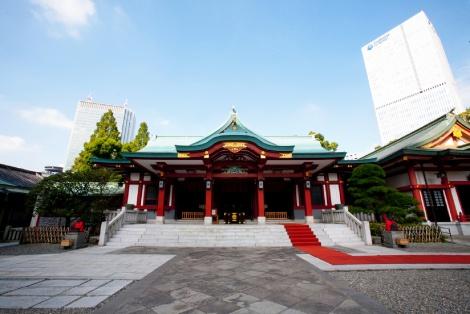 """サムネイル """"猿の神社""""ともいわれる東京・日枝神社の本殿"""