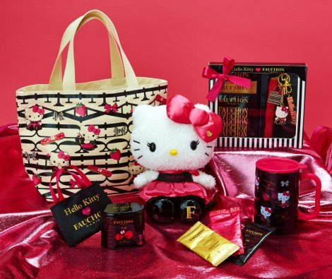 「HELLO KITTY loves FAUCHON」