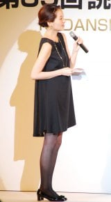 『第35回 読者が選ぶ・講談社広告賞』授賞式でMCを務めた青木裕子 (C)ORICON NewS inc.