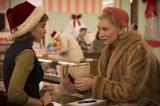 『キャロル』に主演するケイト・ブランシェット(右)が6年ぶりに来日へ